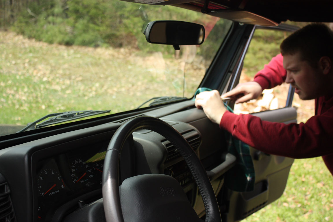 2001 Jeep Wrangler Radio - Upgrading A Jeep Wrangler Stereo - 2001 Jeep Wrangler Radio