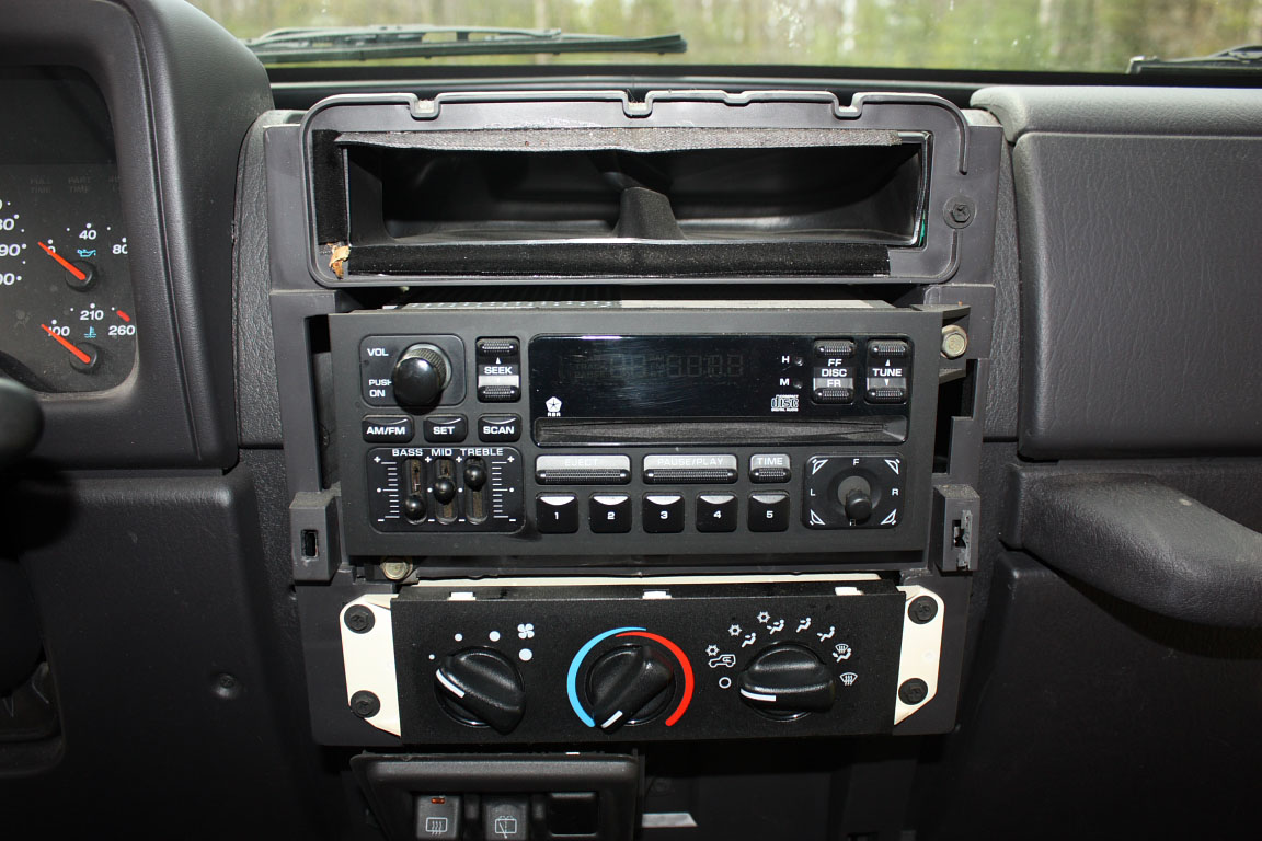 upgrading a 2001 jeep wrangler stereo. Black Bedroom Furniture Sets. Home Design Ideas